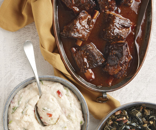Slow-Cooker Southern-Style Short Ribs with Pimiento Grits